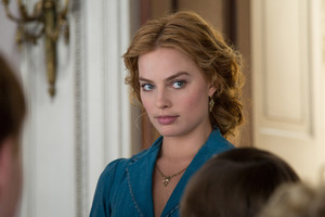 Margot Robbie As Jane Porter Wallpaper