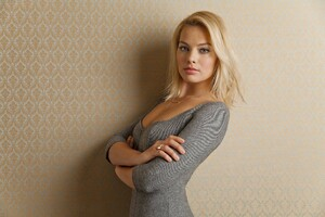 Margot Robbie Celebrity Wallpaper