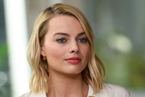 Margot Robbie Closeup 4k Wallpaper