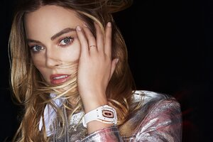Margot Robbie Richard Mille 4k Wallpaper