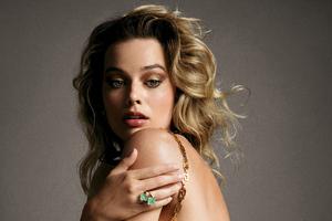 Margot Robbie Vogue Wallpaper