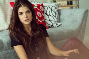 Marie Avgeropoulos 2020 Wallpaper