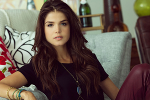 Marie Avgeropoulos Looking At Viewer 4k Wallpaper