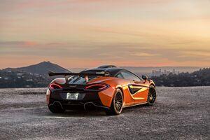 McLaren 620 R 8k Wallpaper