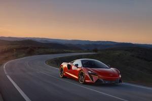 McLaren Artura 2021 Wallpaper