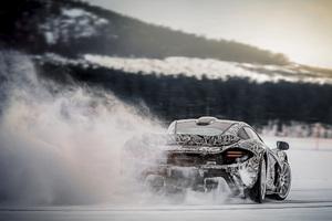 Mclaren P1 Ice Drifting