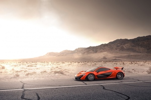 Mclaren P1 Side View Wallpaper