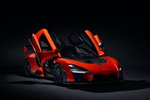 McLaren Senna Doors Up
