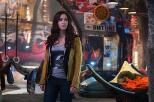 Megan Fox In TMNT 2 Wallpaper