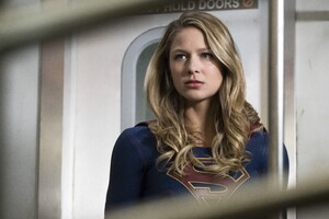 Melissa Benoist As Supergirl Tv Series