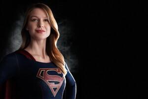 Melissa Benoist Super Girl Wallpaper