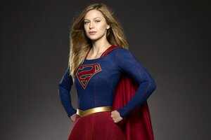 Melissa Benoist Supergirl Tv Show Wallpaper