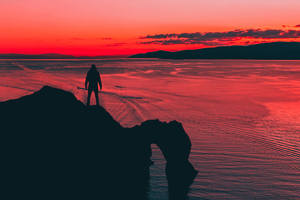 Men Standing At Cliff Sunset 4k Wallpaper
