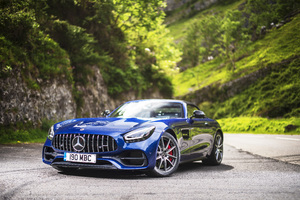 Mercedes AMG GT S Roadster 2019