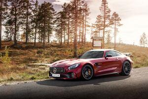 Mercedes Amg Gtr 5k Wallpaper