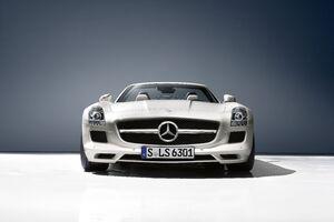 Mercedes Amg SLS Roadster