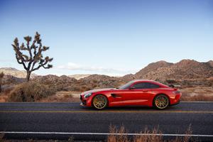Mercedes Benz Amg Gt R Side View 4k