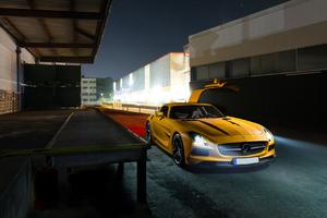 Mercedes Benz Amg GT Yellow