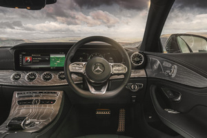 Mercedes Benz CLS 400 D AMG Interior