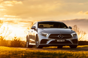 Mercedes Benz CLS 450 4MATIC AMG Line 2018 Front Wallpaper