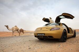 Mercedes Benz in Desert
