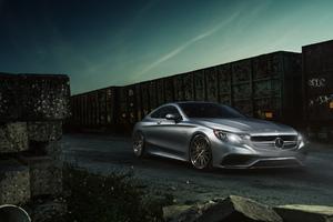 Mercedes Benz S63 Luxury