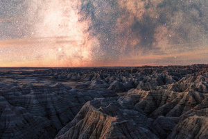 Milky Way Above Badlands National 5k Wallpaper