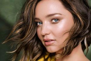 Miranda Kerr Harpers Bazzar China 2017