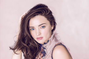 Miranda Kerr Vogue 2 Wallpaper