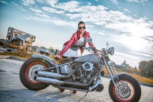 Model With Harley Davidson Wallpaper