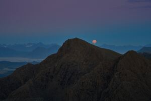 Moon Over Mountain 5k