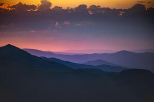 Morning Shades Of Pink Mountains 5k Wallpaper
