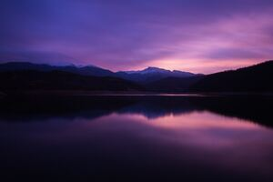 Mountain Lake Night Reflection 5k