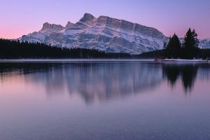 Mountain Reflection Lake Body Of Water 4k