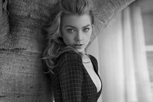 Natalie Dormer Monochrome 5k