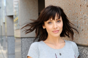 Natalie Imbruglia singer Wallpaper