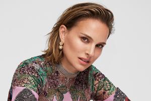 Natalie Portman Elle 2019 Wallpaper