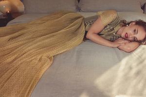 Natalie Portman Harpers Bazaar Wallpaper