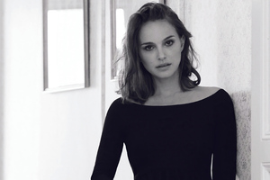 Natalie Portman Monochrome 4k Wallpaper