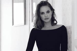 Natalie Portman Monochrome 4k Wallpaper