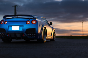 Nissan GTR 8k