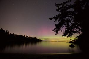 Northern Lights Lake Night Sky 5k