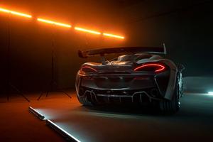Novitec McLaren 620R 2021 8k
