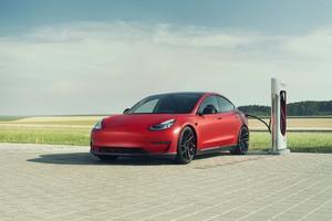 Novitec Tesla Model 3 2019 Charging