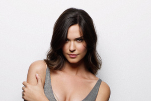 Odette Annable 2018 Wallpaper