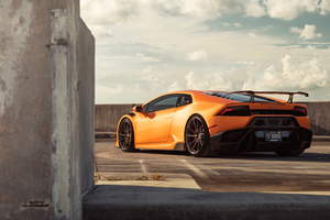 Orange Lamborghini Huracan Rear 8k
