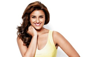 Parineeti Chopra 8 Wallpaper
