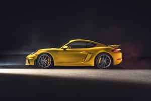 Porsche 718 Cayman GT4 2019 Wallpaper