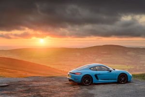 Porsche 718 Cayman T 5k Wallpaper