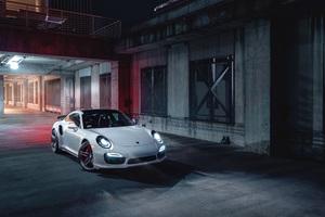 Porsche 911 White 4k